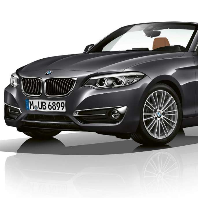 BMW 2 Series Convertible, Model Luxury Line three-quarter front shot